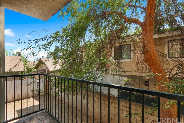 736 N Garfield Avenue, Pasadena CA: http://media.crmls.org/mediascn/694df885-2b90-4204-b7c8-94f6e22aa540.jpg