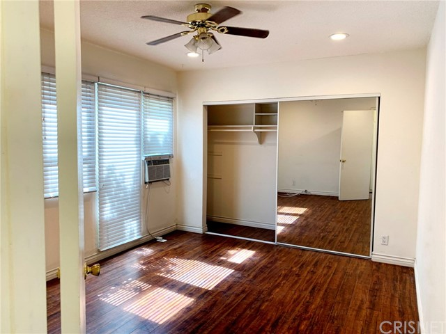 6907 Coldwater Canyon Avenue, North Hollywood CA: http://media.crmls.org/mediascn/698c4d95-4213-4e11-9d8a-f0cfd7c37d54.jpg