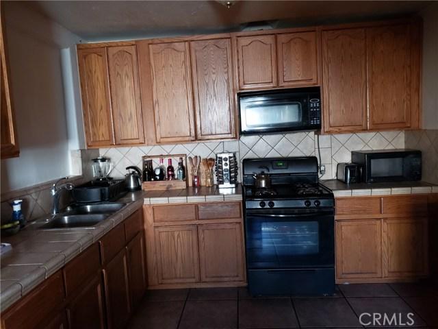 12479 Bradley Avenue, Sylmar CA: http://media.crmls.org/mediascn/699d364f-2b5f-4947-bf2f-af5433268a9a.jpg