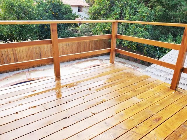 23230 Ladrillo Street, Woodland Hills CA: http://media.crmls.org/mediascn/6a000a41-0578-48b1-b284-1628ffb55ad0.jpg
