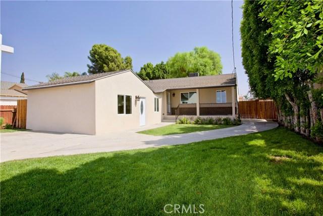 8660 Sharp Avenue, Sun Valley CA: http://media.crmls.org/mediascn/6a04270a-9918-482c-8d56-ee6f0f24a15e.jpg