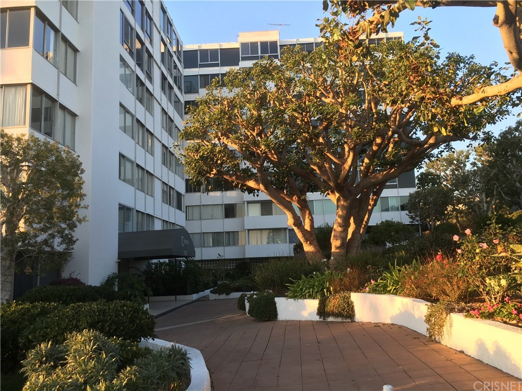 Property for sale at 17352 WEST SUNSET BOULEVARD #704, Pacific Palisades,  CA 90272