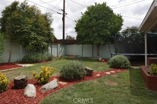 20547 Covello Street, Winnetka CA: http://media.crmls.org/mediascn/6a1035af-c328-483a-924b-d598524bdea7.jpg
