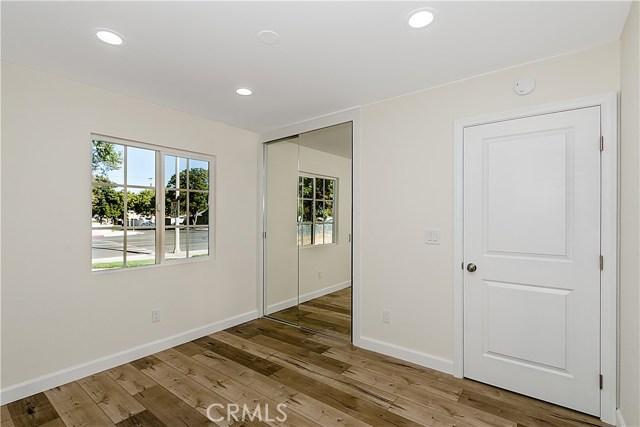 24000 Victory Boulevard Woodland Hills, CA 91367 - MLS #: SR17250539