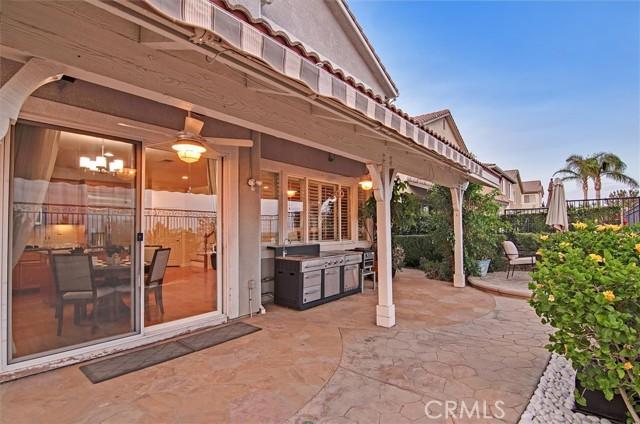 20538 Como Lane, Porter Ranch CA: http://media.crmls.org/mediascn/6a59c3b0-3eaf-4351-823f-4f845d95b889.jpg