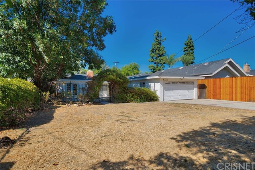 22627 Califa Street  Woodland Hills CA 91367