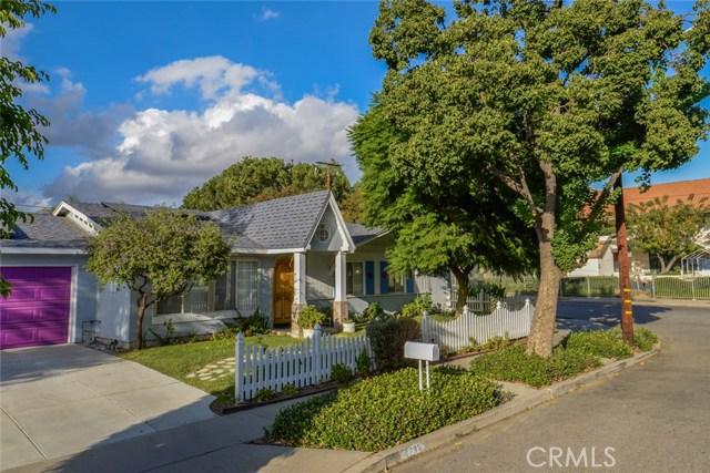Casa Unifamiliar por un Venta en 4287 Florence Street Simi Valley, California 93063 Estados Unidos
