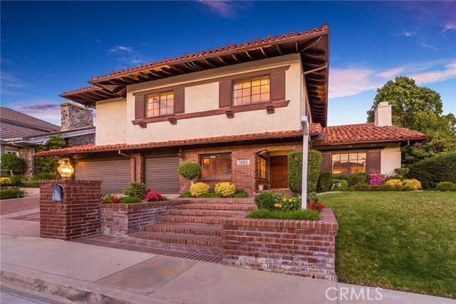 Photo of 5952 Woodland View Drive, Woodland Hills, CA 91367