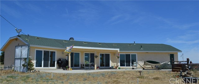 Single Family Home for Sale at 44151 Lake View Drive Lake Hughes, California 93532 United States