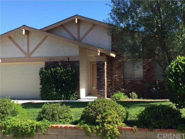 Property for sale at 25132 Highspring Avenue, Newhall,  CA 91321