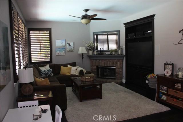 26452 Beecher Lane, Stevenson Ranch CA: http://media.crmls.org/mediascn/6b3a2403-79a3-4172-b47f-43a82143c46c.jpg