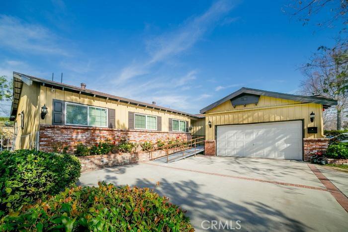16513 KNAPP Street, North Hills, CA 91343