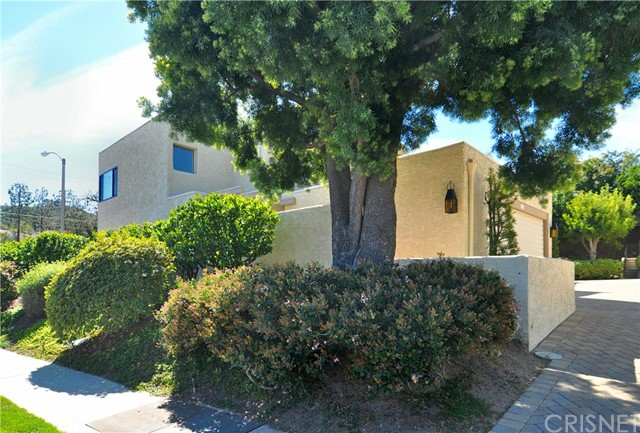 Photo of 4223 FREEDOM Drive #101, Calabasas, CA 91302