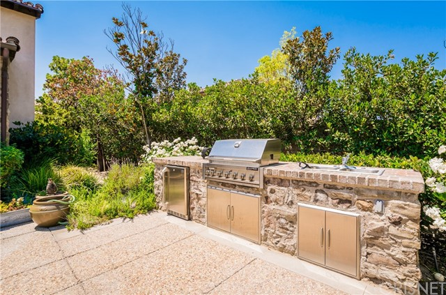 25825 OAK MEADOW DRIVE, VALENCIA, CA 91381  Photo 11