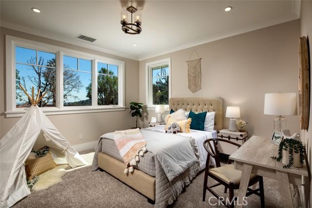 4200 Mesa Vista Drive, La Canada Flintridge CA: http://media.crmls.org/mediascn/6c7a6324-0c38-4d46-847f-dbab9e0cdd43.jpg