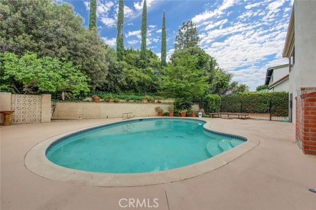 19136 Castlebay Lane, Porter Ranch CA: http://media.crmls.org/mediascn/6cafe3a3-738a-4a53-b809-52eaae4f8dac.jpg