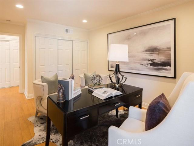 15045 Sherview Place, Sherman Oaks CA: http://media.crmls.org/mediascn/6cbd7227-f98d-468b-947c-211d24ac0a99.jpg