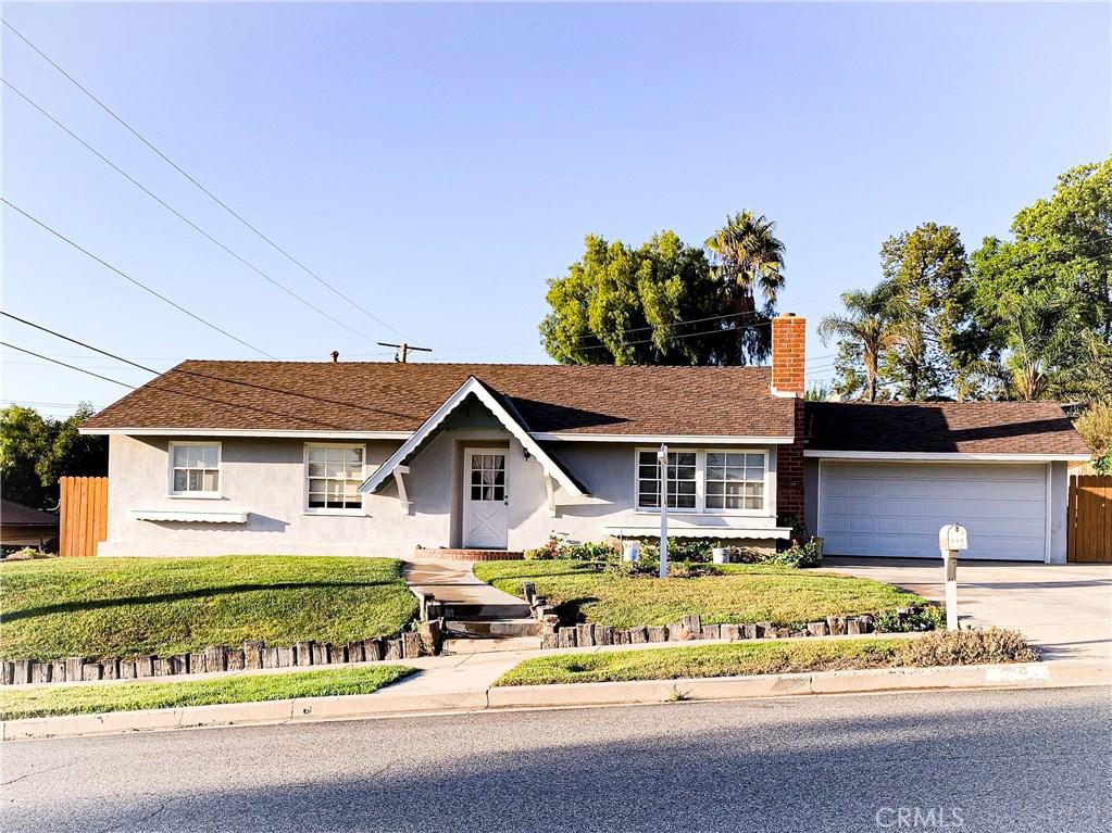 Photo of 899 CAMINO LA MAIDA, Thousand Oaks, CA 91360