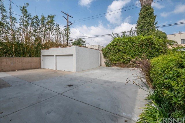 7937 W 4th Street Los Angeles, CA 90048 - MLS #: SR17228128