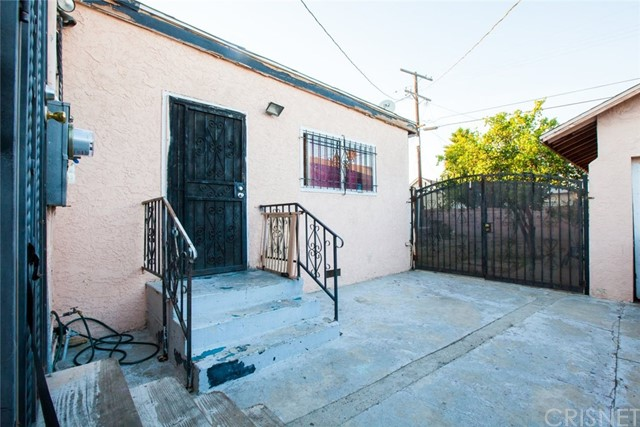 537 W 108th St, Los Angeles, CA 90044 Photo 12