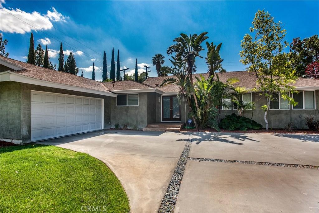 11041 Yolanda Avenue, Northridge, CA 91326