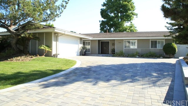 5571 Ostin Avenue  Woodland Hills CA 91367