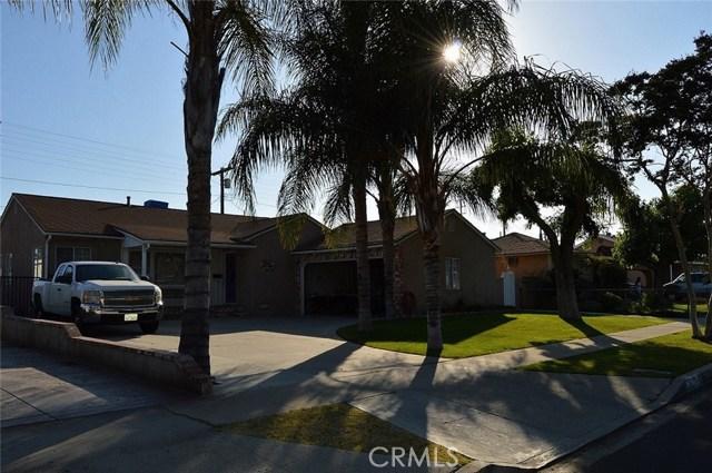 9779 Mercedes Avenue, Arleta CA: http://media.crmls.org/mediascn/6d5bb7f0-a77d-41d7-8e08-60c3d476e825.jpg