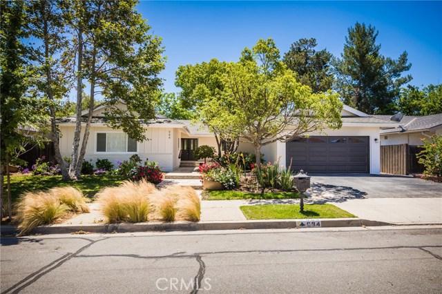 984 Calle Contento, Thousand Oaks CA: http://media.crmls.org/mediascn/6d703a3c-8491-4a75-bfdb-21d900808dee.jpg
