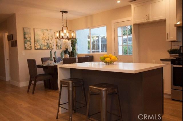 Single Family Home for Sale at 7407 Loma Verde Avenue Canoga Park, California 91303 United States