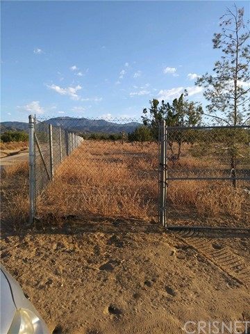 Land for Sale at 200 Vac/Vic Avenue Y/200 Ste 200 Vac/Vic Avenue Y/200 Ste Llano, California 93544 United States