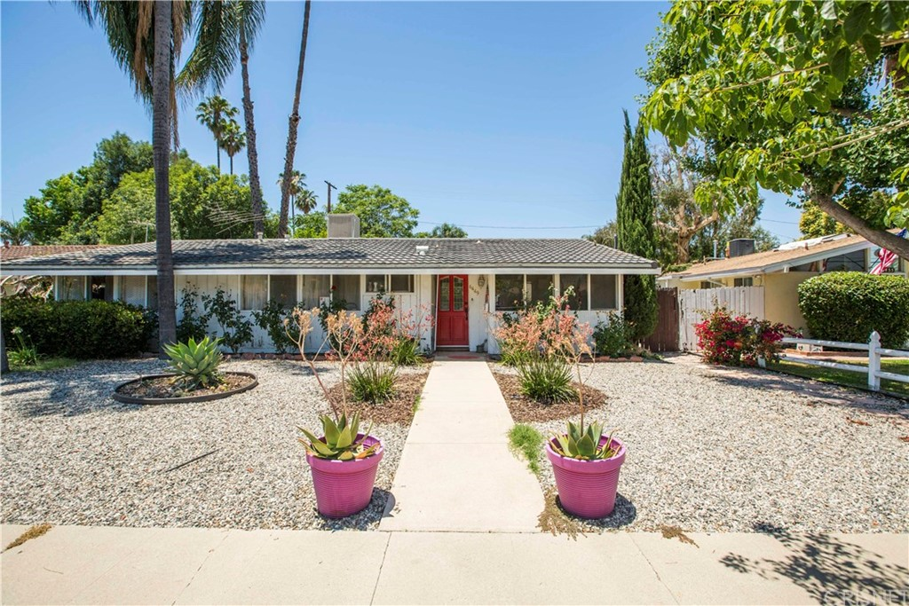 6449 CORBIN Avenue, Woodland Hills, CA 91367