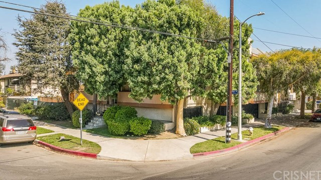 Detail Gallery Image 1 of 26 For 5900 Murietta Ave #204,  Valley Glen,  CA 91401 - 2 Beds   2 Baths