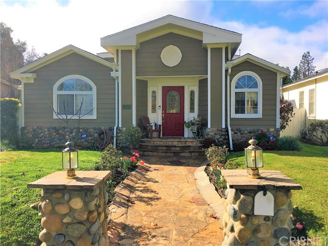22024 Lopez Street  Woodland Hills CA 91364