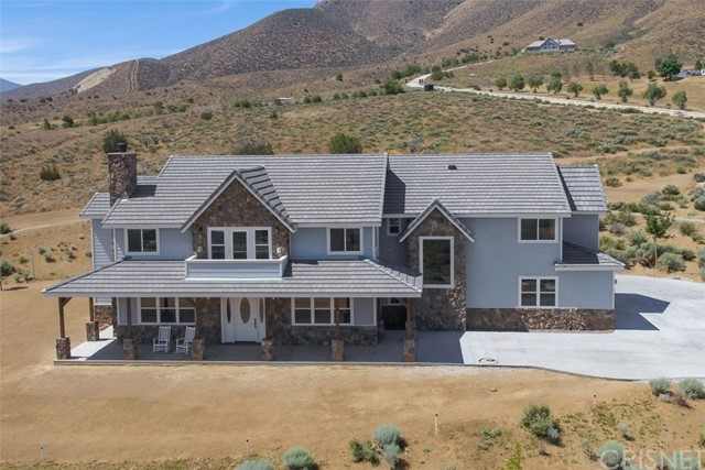 Single Family Home for Sale at 32155 Mountain Shadow Road Acton, California 93510 United States
