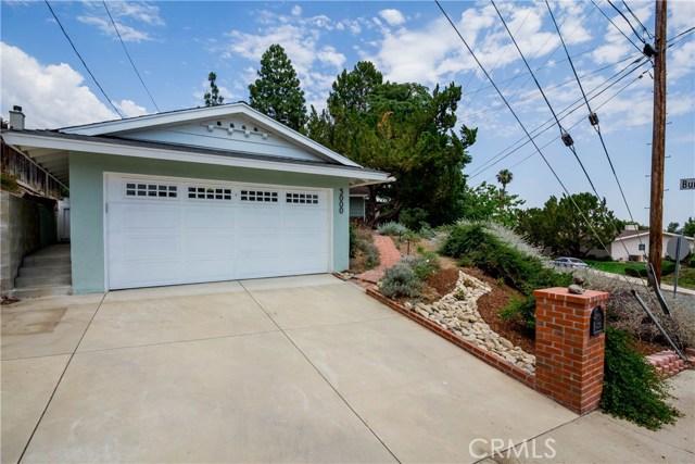 5000 Lauderdale Avenue, La Crescenta CA: http://media.crmls.org/mediascn/6e316058-317e-48aa-a744-c64f62d4baa1.jpg