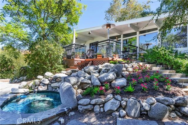 22133 Mulholland Drive, Woodland Hills CA: http://media.crmls.org/mediascn/6e7d3855-3161-48c3-ba02-62ae9d194cb1.jpg