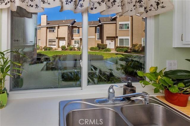 8 Phoenix, Irvine, CA 92604 Photo 9