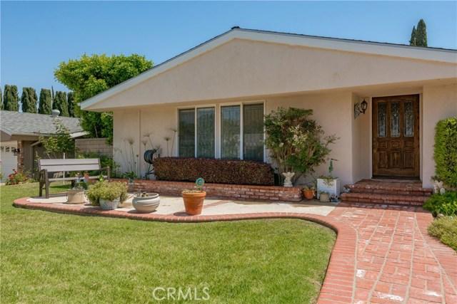 13225 Whistler Avenue, Granada Hills CA: http://media.crmls.org/mediascn/6f146010-30e3-4254-8ef4-c3903c3775ff.jpg