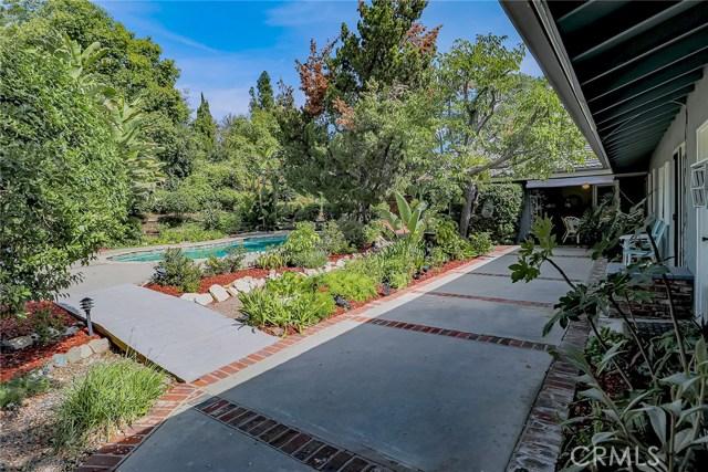 20431 Germain Street, Chatsworth CA: http://media.crmls.org/mediascn/6fc22024-bd0d-441a-b048-ff06bb1c46ea.jpg