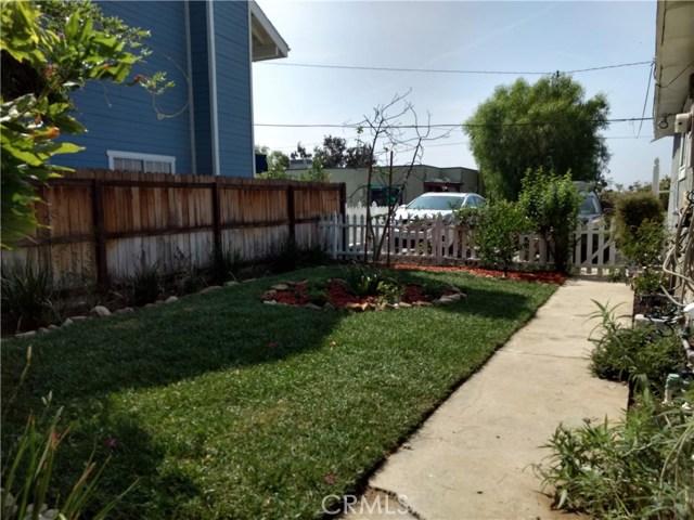 23327 IDA Place, Chatsworth CA: http://media.crmls.org/mediascn/6fc85d53-6be3-4562-92f6-5cc13131fbad.jpg