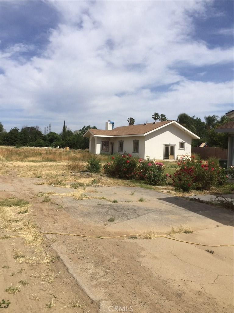 9238 Vanalden Avenue, Northridge, CA 91324