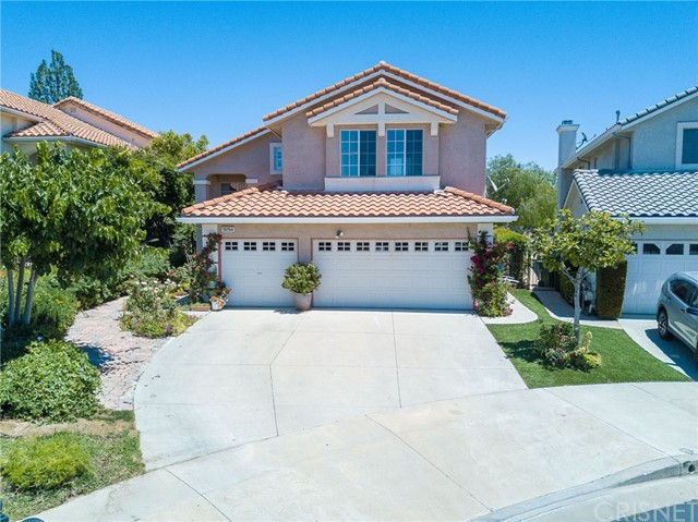19764 Ahwanee Lane , CA 91326 is listed for sale as MLS Listing SR17105552