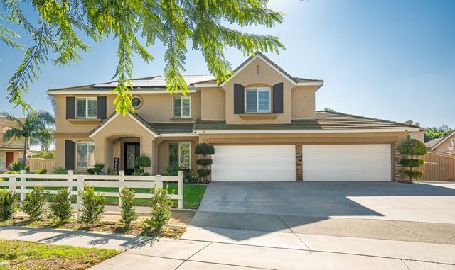Photo of 6855 Weeping Willow Court, Chino, CA 91710