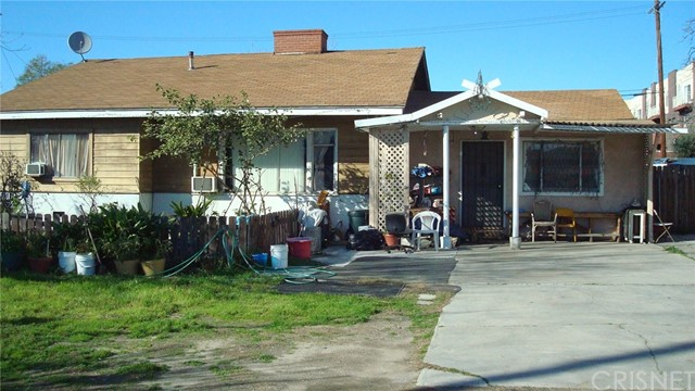 Single Family Home for Sale at 14633 Tupper Street Panorama City, California 91402 United States
