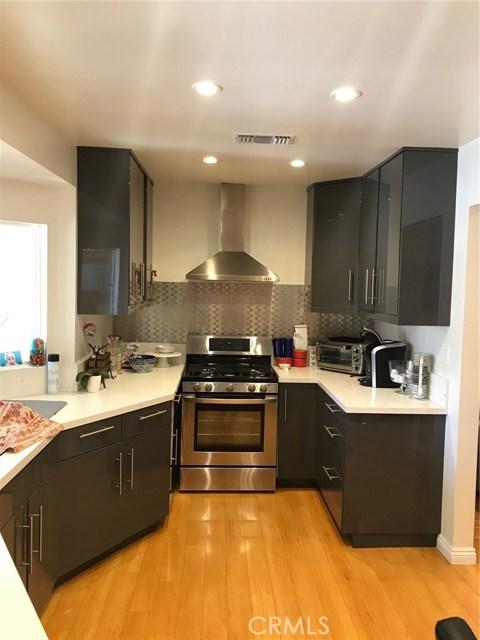 7730 Genesta Avenue Lake Balboa, CA 91406 - MLS #: SR18052481