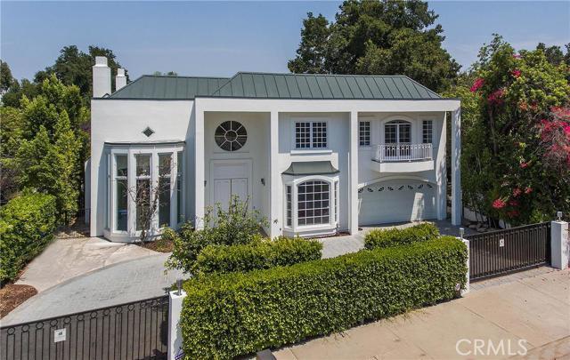 4714 Hayvenhurst Avenue, Encino, California 91436- Oren Mordkowitz