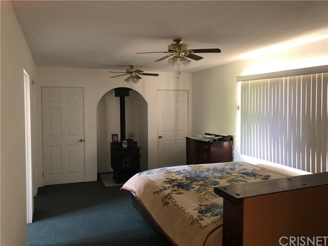 34132 133rd E Street, Pearblossom CA: http://media.crmls.org/mediascn/714b35d1-eaa8-41ca-ac20-1cb5c85acccc.jpg