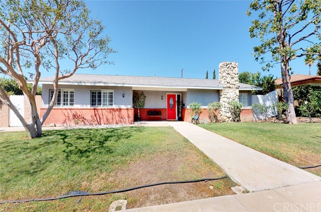 11725 Balboa Boulevard, Granada Hills CA: http://media.crmls.org/mediascn/7162bb1b-5164-4c17-bc5c-8ad069ff92ba.jpg