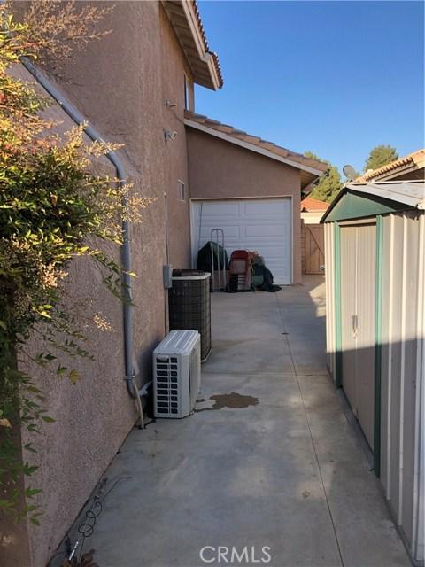 40311 Castana Lane Palmdale, CA 93551 - MLS #: SR18101499