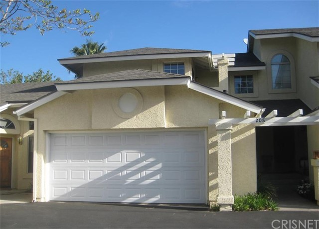 Property for sale at 22920 Banyan Place #208, Saugus,  CA 91390